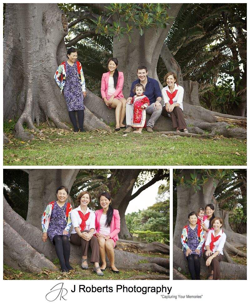 Extended family portrait for mothers day at blues point reserve - sydney family portrait photographer